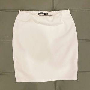 2FOR20 ‼️ BOOHOO 💓 BRAND NEW mini skirt